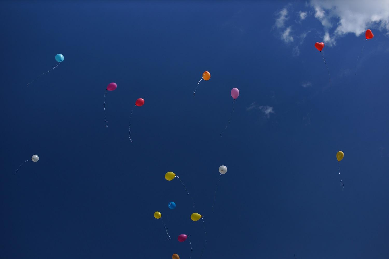 летящие шарики
